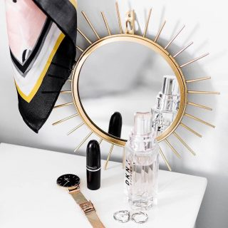 Let the sunshine with this stunning sun gold mirror add a touch of glamour to your home or space. 🌞 Happy New Week Shop online: www.kalaful.co.ke [link in bio] or Tap image to shop. Sun Round Mirror: KES 3000 . . #beautiful #beauty #decor #design #fashion #happy #home #homedecor #instagood #instagram #interior #interiordesignkenya #mirror #nairobikenya